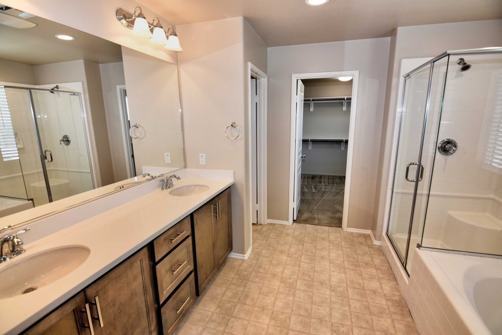 bathroom rental home